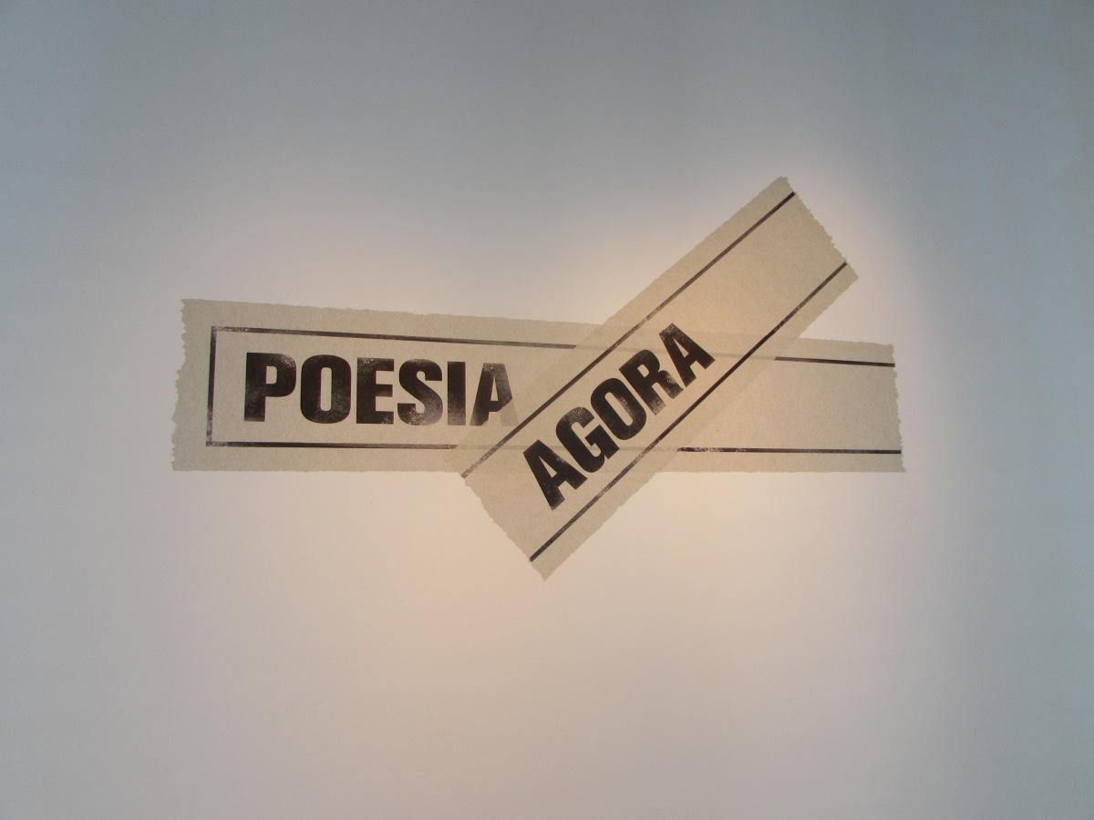 POESIA AGORA